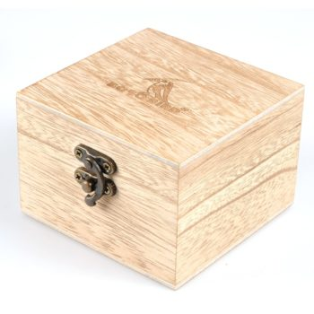 wooden watch for men stylish engraved with wooden gift box 12