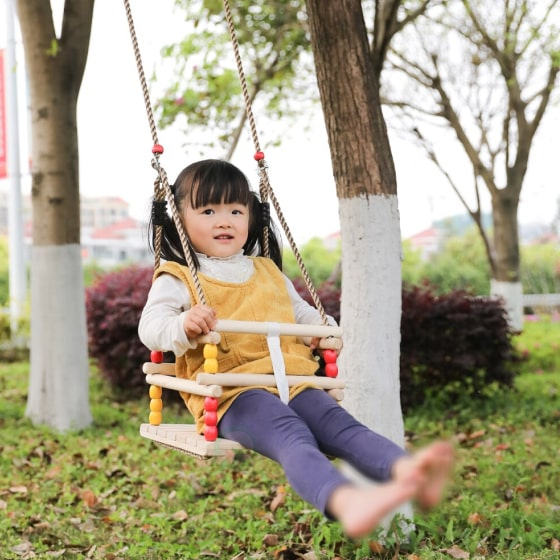 wooden baby swing for babies and toddlers 6