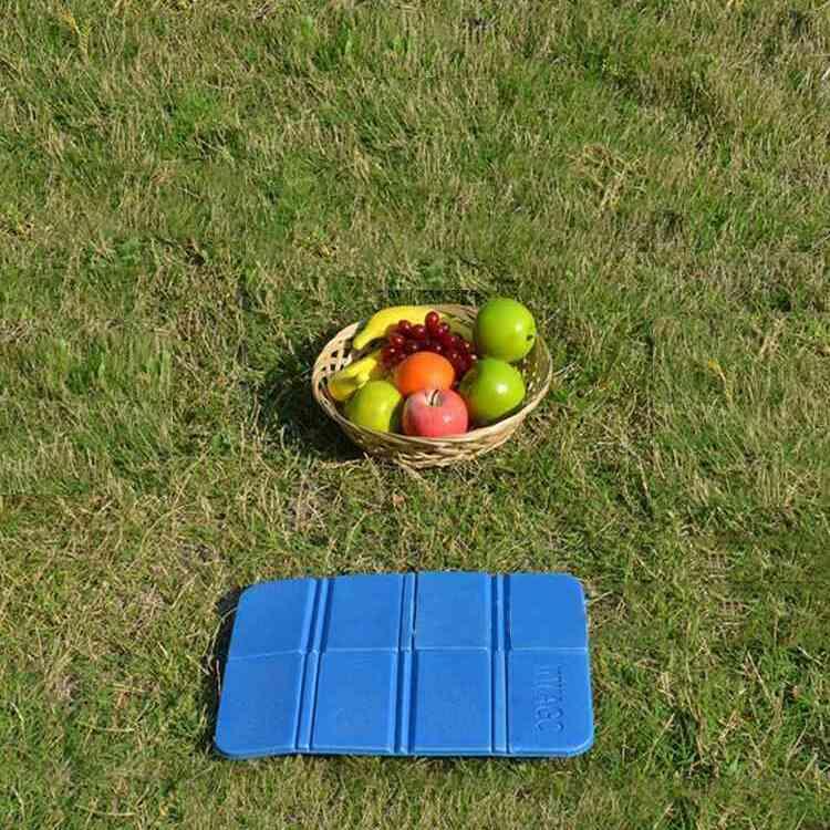 waterproof portable mat 1